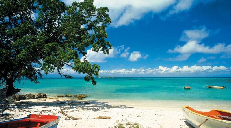 Pourquoi-visiter-les-Antilles-cette-annee-.jpg